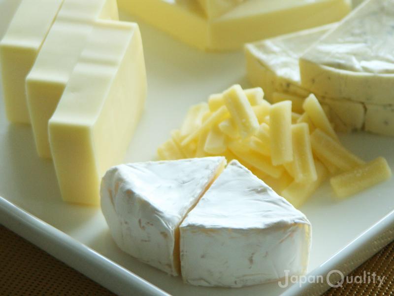 チーズづくりの副産物、ホエイという水分