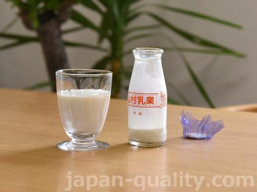 飲んでみました:山村牛乳 180mlビン【山村乳業】
